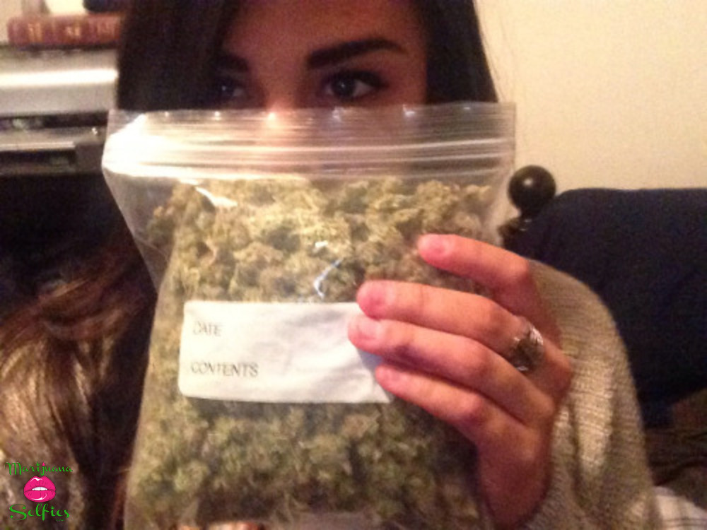 Vanessa Quintana Selfie No. 1255 - VOTE for this Marijuana Selfie!