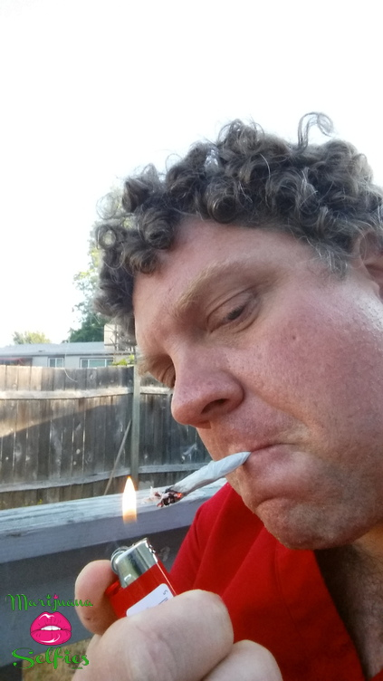 Darrell Olson Selfie No. 1352 - VOTE for this Marijuana Selfie!