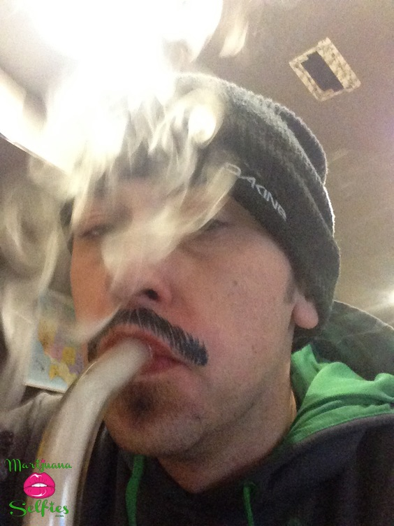 Ryan Block Selfie No. 1353 - VOTE for this Marijuana Selfie!