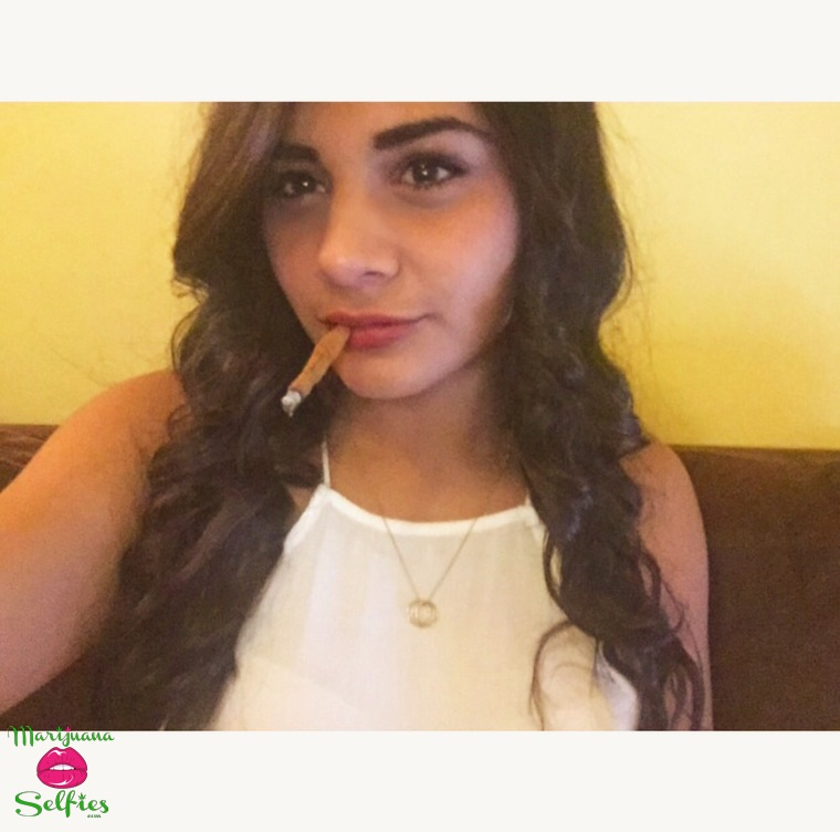 Vanessa Quintana Selfie No. 1464 - VOTE for this Marijuana Selfie!