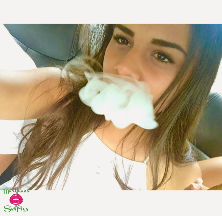 Vanessa Quintana Selfie No. 1499 - VOTE for this Marijuana Selfie!