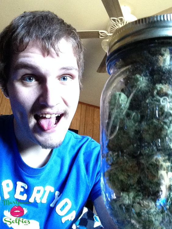 TaylorGang  TTGOD Selfie No. 238 - VOTE for this Marijuana Selfie!