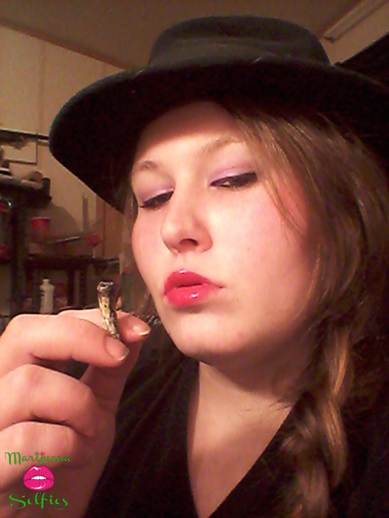 Kasandra Brace Selfie No. 313 - VOTE for this Marijuana Selfie!