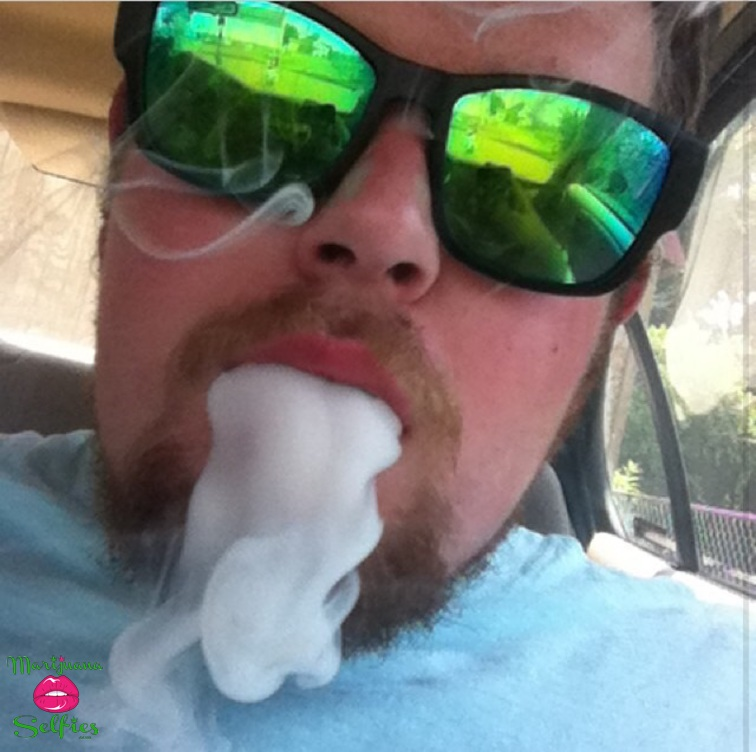 Thomas Keith Selfie No. 371 - VOTE for this Marijuana Selfie!