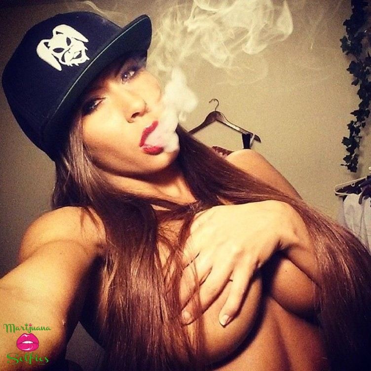 Anonymous Selfie No. 4169 - VOTE for this Marijuana Selfie!