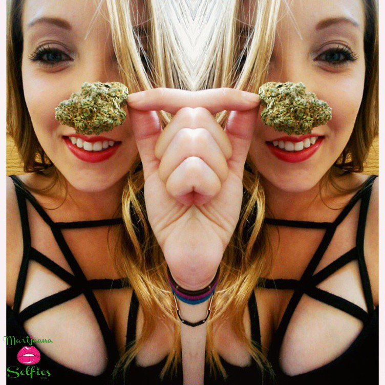 Anonymous Selfie No. 4237 - VOTE for this Marijuana Selfie!