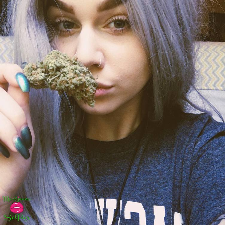 Barbie Dahl Selfie No. 4489 - VOTE for this Marijuana Selfie!