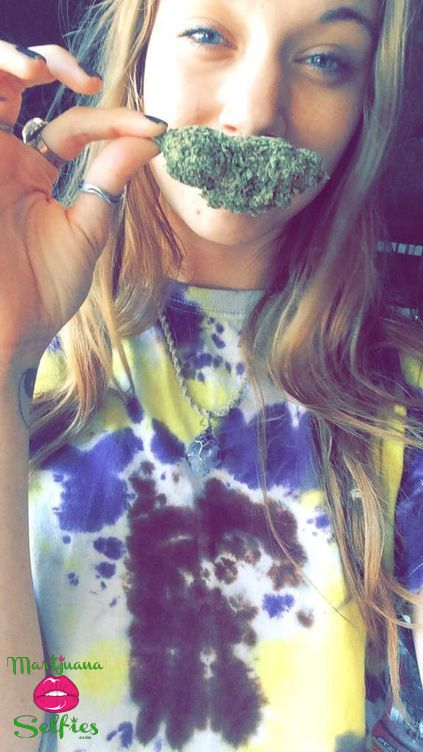 Barbie Dahl Selfie No. 4817 - VOTE for this Marijuana Selfie!