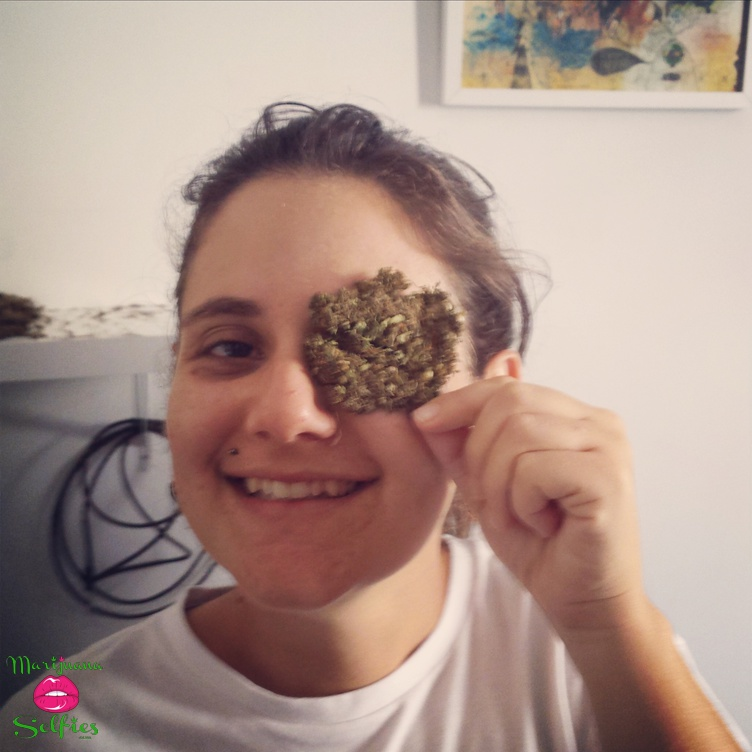 Dora Bielschowsky Selfie No. 496 - VOTE for this Marijuana Selfie!