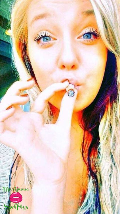 Anonymous Selfie No. 4969 - VOTE for this Marijuana Selfie!