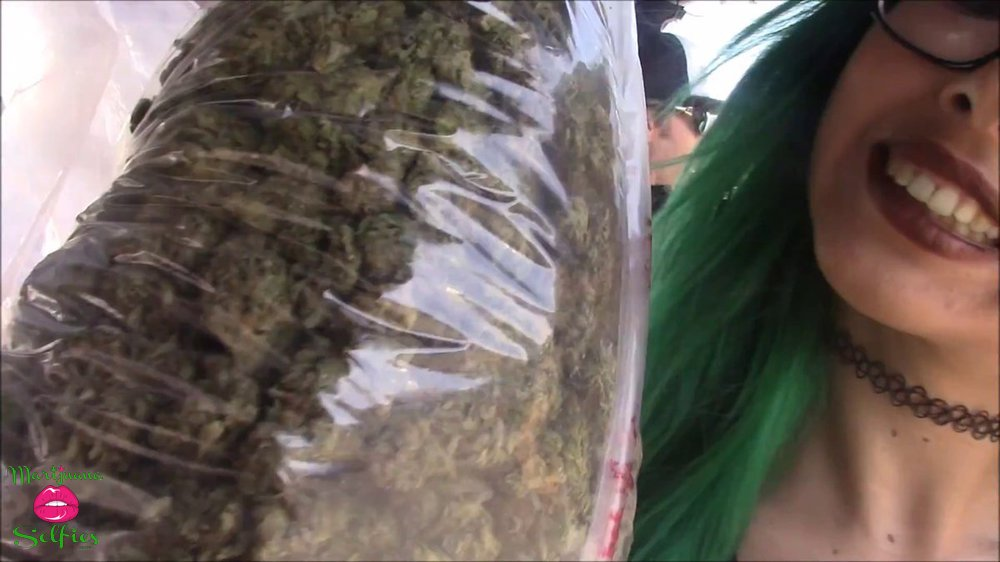 Janet Dahl Selfie No. 5038 - VOTE for this Marijuana Selfie!