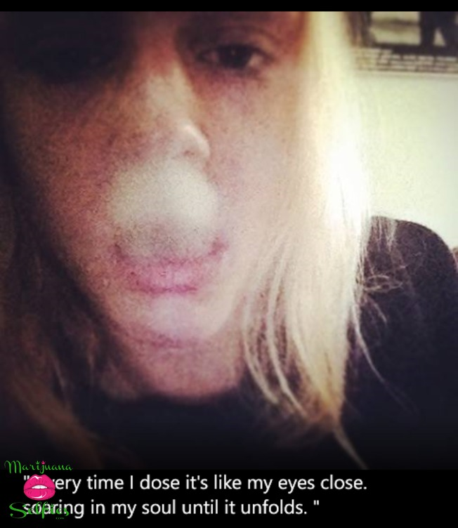 emma randall Selfie No. 614 - VOTE for this Marijuana Selfie!