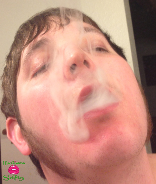 Smoke Daddy Selfie No. 670 - VOTE for this Marijuana Selfie!