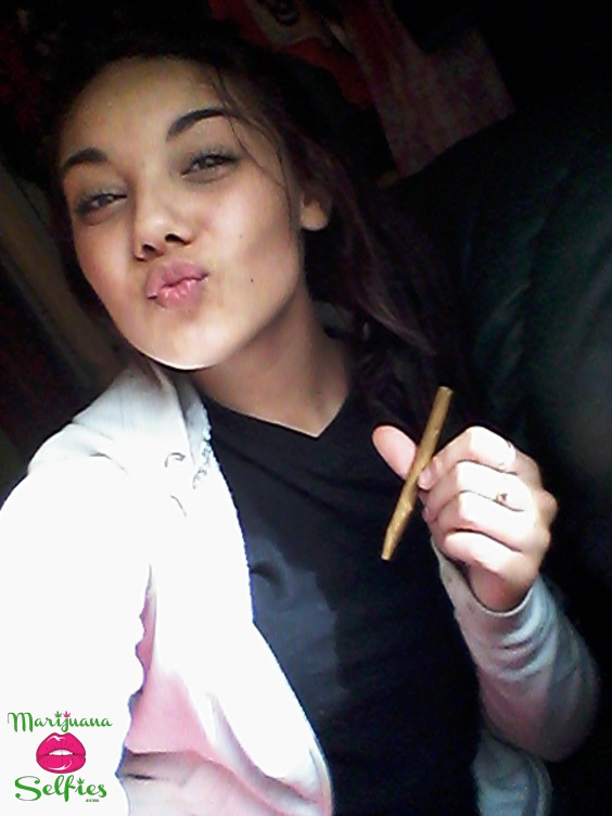 Anonymous Selfie No. 972 - VOTE for this Marijuana Selfie!